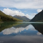 ... Lake Gunn im Fiordland National Park ...